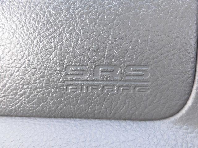 タイプS 3.0ディーゼルターボ5速マニュアル4WD(19枚目)