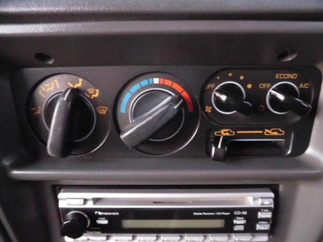 XE メタルトップ2.5ディーゼルターボ5速マニュアル4WD 4ナンバー(13枚目)