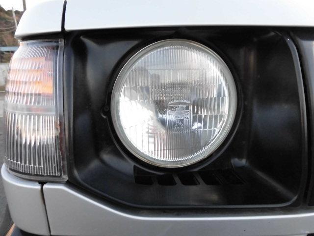 XE メタルトップ2.5ディーゼルターボ5速マニュアル4WD 4ナンバー(23枚目)