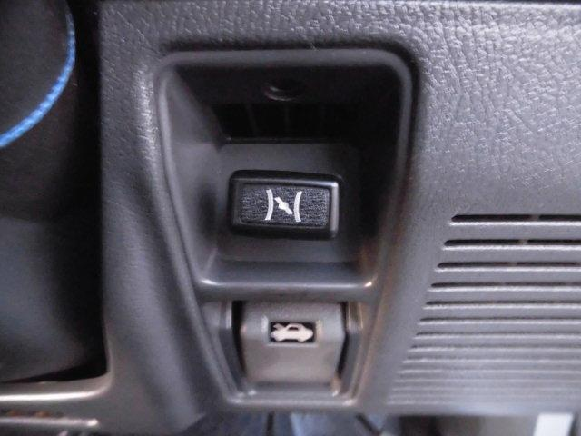 XE メタルトップ2.5ディーゼルターボ5速マニュアル4WD 4ナンバー(42枚目)