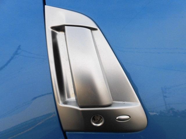 バージョンST HDDナビTVバックカメラフロントリップマインズマフラーBOSEサウンドハーフレザーシート(37枚目)