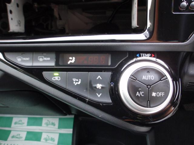 トヨタ アクア S キーレス オートエアコン オーディオレス