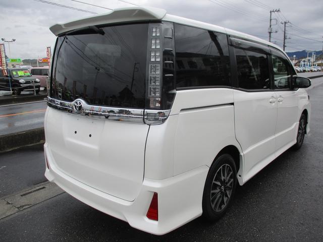 「トヨタ」「ヴォクシー」「ミニバン・ワンボックス」「埼玉県」の中古車8