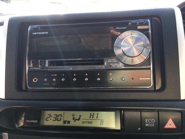トヨタ ウィッシュ 1.8X HIDセレクション 4WD ESC 7人乗り