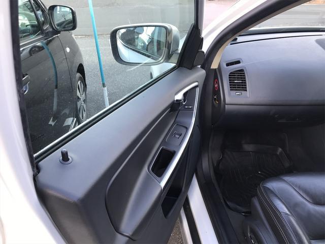T6 AWD Rデザイン 直6ターボ ポールスター329馬力仕様 シティブレーキ 車線逸脱防止 オートクルーズ 20インチアルミ AWD 4WD ナビTV バックカメラ シートH レザー&パワーシート ボルボディーラー整備(12枚目)