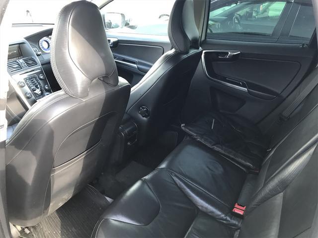 T6 AWD Rデザイン 直6ターボ ポールスター329馬力仕様 シティブレーキ 車線逸脱防止 オートクルーズ 20インチアルミ AWD 4WD ナビTV バックカメラ シートH レザー&パワーシート ボルボディーラー整備(13枚目)