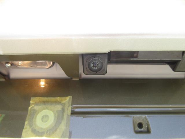 ダイハツ キャスト アクティバX リミテッドSA3 4WD ナビ 届出済未使用車
