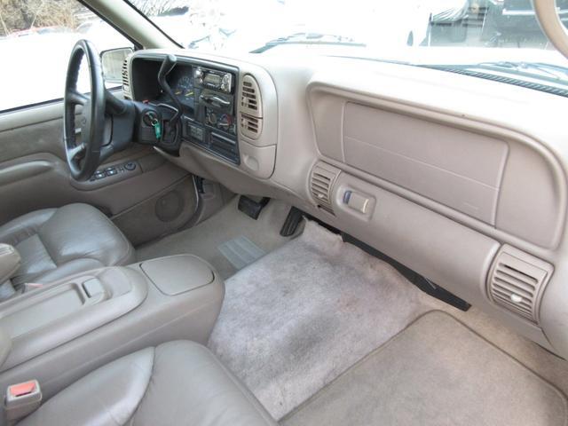 「シボレー」「シボレー サバーバン」「SUV・クロカン」「群馬県」の中古車15