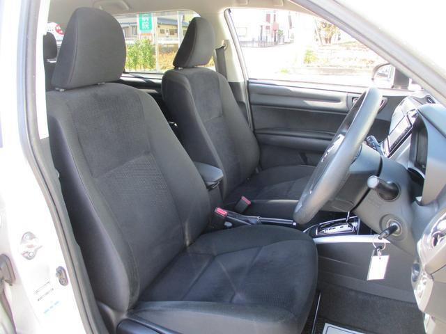 黒を基本とした肌触りの良いシート地!程よい硬さで乗りやすく長距離ドライブも疲れにくい設計です♪♪