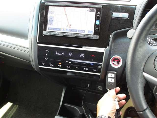 ホンダ フィットハイブリッド L ホンダセンシング 当社デモカー、装備充実です。