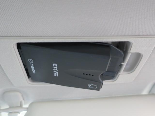 スマートインETC車載機付きだから高速道路もらくらく走れる。ETCカードを忘れずに!※別途セットアップ料金がかかります。