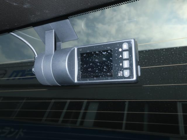 25S Lパッケージ 4WD Mナビ 地デジ ドラレコ 19AW パワーゲート ワンオーナー車 全周囲カメラ DVD再生 ナビTV LEDライト メモリーナビ 4WD ETC アイドリングストップ キーレス シートヒータ プリクラ(9枚目)