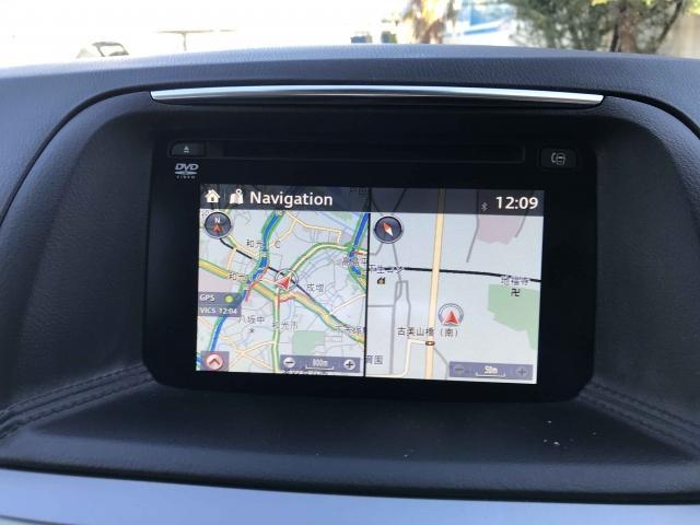 ナビゲーション機能はもちろん、Bluetoothを利用してのハンズフリー通話もご利用いただけます。多機能ナビです。