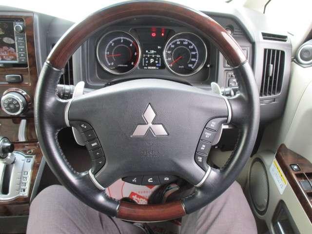 2.2 ロイヤルエクシード ディーゼルターボ 4WD(16枚目)