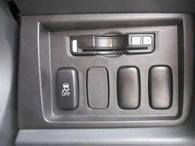 2.2 D パワーパッケージ ディーゼルターボ 4WD(4枚目)