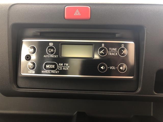純正CDステレオ装備。