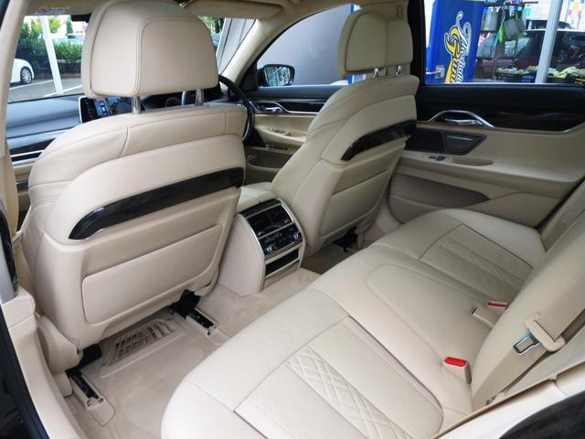 BMW BMW 750i 新車保証 禁煙 デザインピュアエクセレンスPKG
