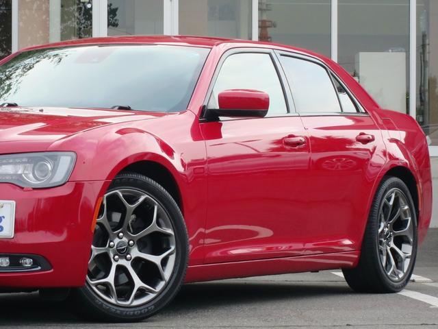 クライスラー クライスラー 300 300S 新車保証 禁煙 黒革 Beatsサウンド ACC