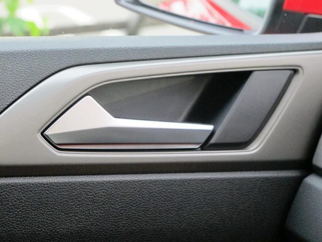 「フォルクスワーゲン」「VW ポロ」「コンパクトカー」「群馬県」の中古車37