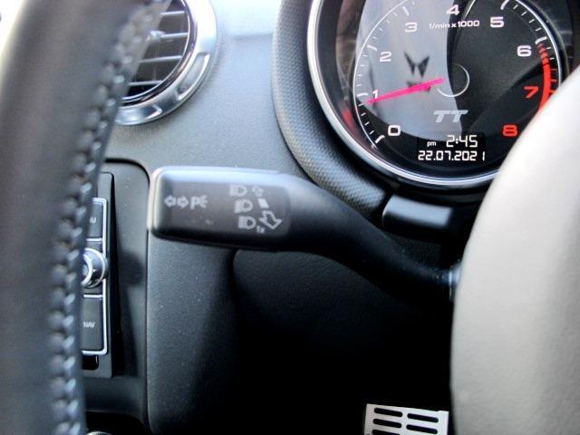 1.8TFSI Sラインコンペティション ハーフレザー HID 純正ナビTVバックカメラ 禁煙 MTモードパドル付 リヤスポイラー AW19コンチネンタル リアフィルムガラス 減光ルームミラー BT ETC レーダー探知機 ドライブレコーダー(16枚目)