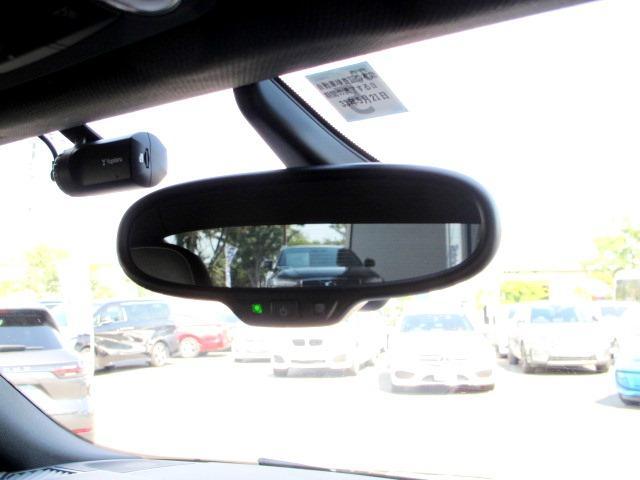1.8TFSI Sラインコンペティション ハーフレザー HID 純正ナビTVバックカメラ 禁煙 MTモードパドル付 リヤスポイラー AW19コンチネンタル リアフィルムガラス 減光ルームミラー BT ETC レーダー探知機 ドライブレコーダー(30枚目)