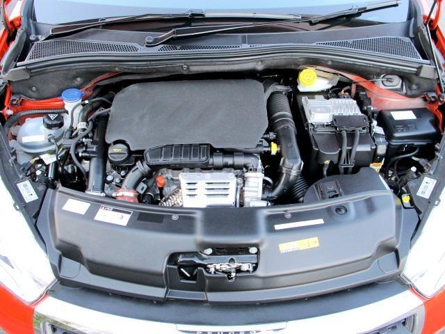 エンジンオイルは、頻繁に交換されていました。機関良好!エンジン内部もとてもキレイです