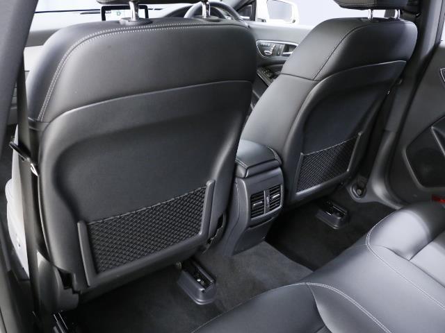 メルセデス・ベンツ M・ベンツ CLA220 4MATIC レーダーセーフティ・プレミアムP