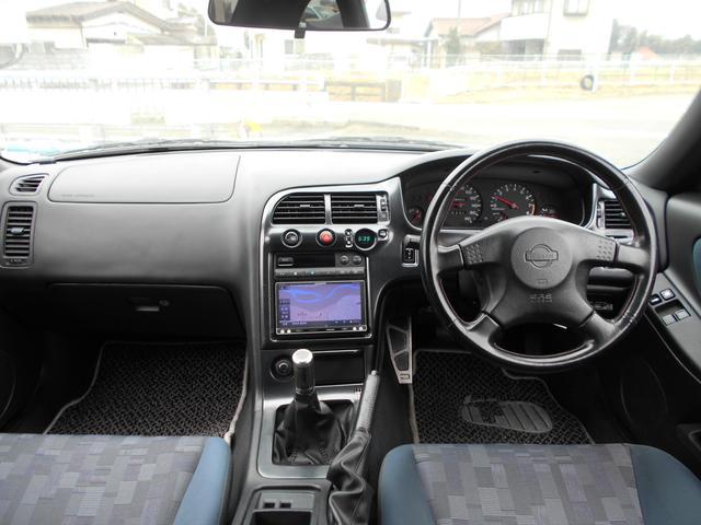 日産 スカイライン クーペ GTS25tタイプM スペックII 5速マニュアル