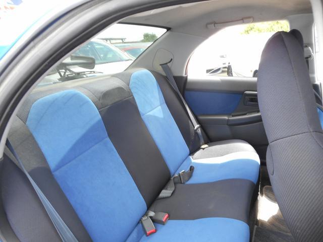 スバル インプレッサ WRX STiーS AWD ターボ 6速マニュアル ブレンボ