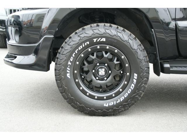 新品のアルミホイール・新品タイヤ付きです。BFグッドリッチ タイヤサイズは265/70R17になります。