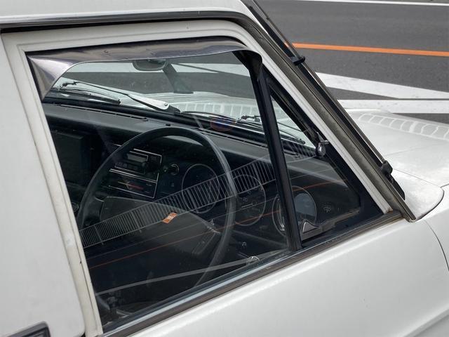 DX ショート 4速マニュアル 後期 クーラー付 NOX適合 ラジオ 13インチアルミ 最大積載量500kg 2人乗り(37枚目)