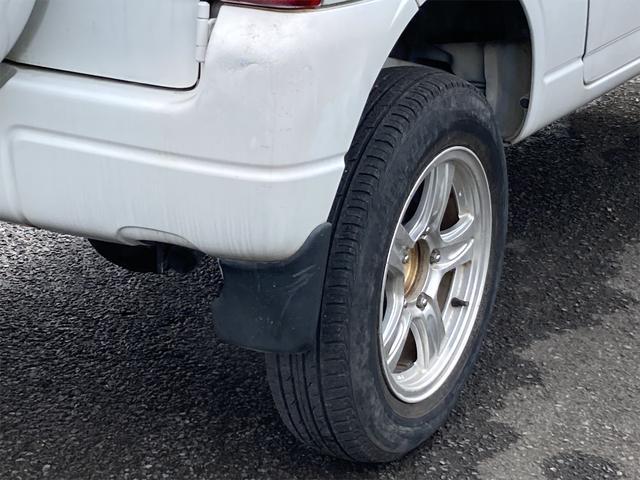 XC 4WD ターボ キーレス CDオーディオ ETC ルーフレール 背面タイヤ ドアバイザー ABS ダブルエアバッグ エアコン パワーステアリング パワーウインドウ 16インチアルミ(16枚目)