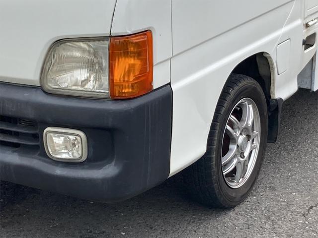 TC 4WD 5速マニュアル 三方開 クレーン付 公認済 ラジオ 運転席側エアバッグ エアコン パワーステアリング 社外13インチアルミ 最大積載量350kg(5枚目)