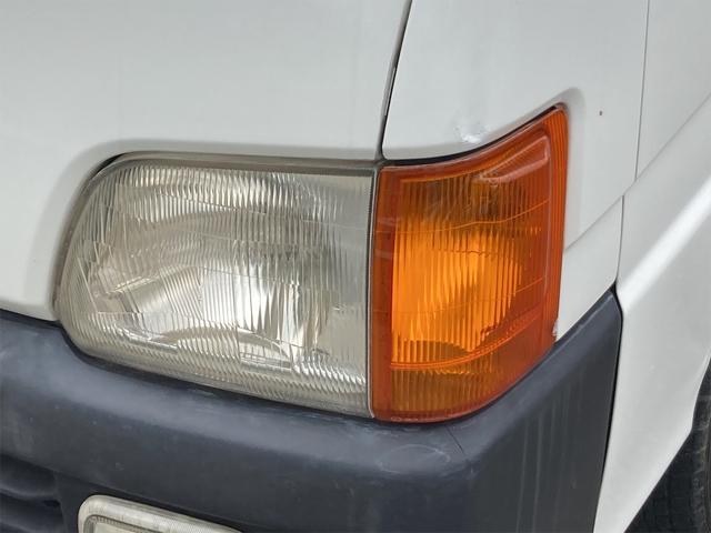 TC 4WD 5速マニュアル 三方開 クレーン付 公認済 ラジオ 運転席側エアバッグ エアコン パワーステアリング 社外13インチアルミ 最大積載量350kg(7枚目)
