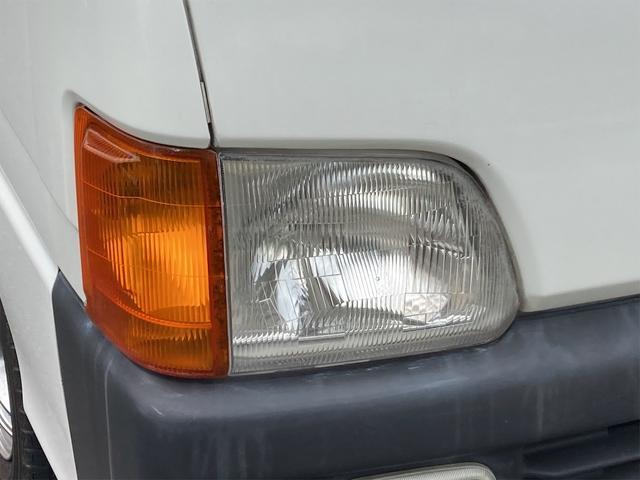 TC 4WD 5速マニュアル 三方開 クレーン付 公認済 ラジオ 運転席側エアバッグ エアコン パワーステアリング 社外13インチアルミ 最大積載量350kg(8枚目)