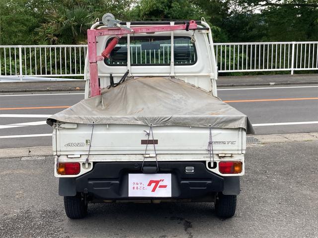 TC 4WD 5速マニュアル 三方開 クレーン付 公認済 ラジオ 運転席側エアバッグ エアコン パワーステアリング 社外13インチアルミ 最大積載量350kg(13枚目)