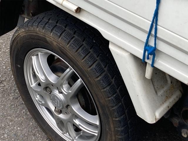 TC 4WD 5速マニュアル 三方開 クレーン付 公認済 ラジオ 運転席側エアバッグ エアコン パワーステアリング 社外13インチアルミ 最大積載量350kg(51枚目)