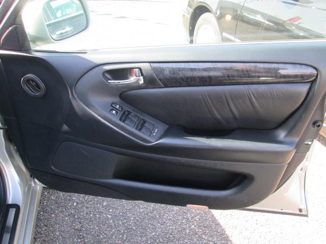 トヨタ アリスト S300ベルテックスエディション 黒革シート サンルーフ