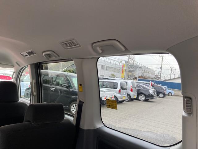 X Lエディション ワンオーナー HDDナビ フルセグ バックカメラ 両側オートスライドドア ETC キーレス 8人乗り(29枚目)