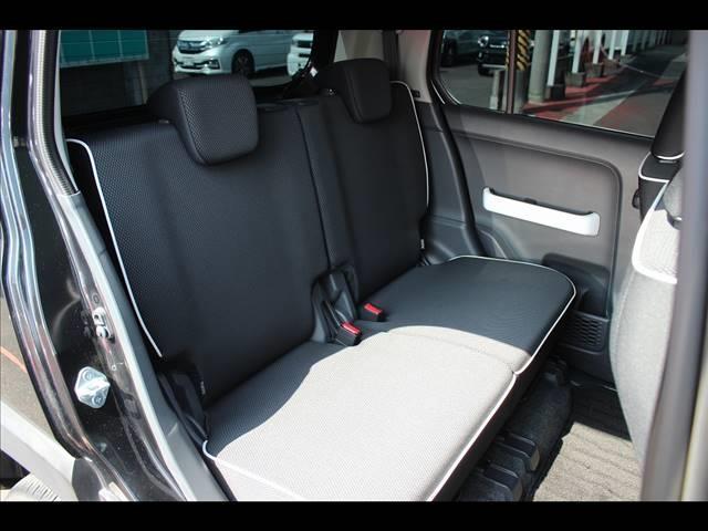XT 4WD レーダーブレーキサポート CDオーディオ レーダーブレーキ ターボ 4WD スマートキー シートヒーター アイドリングストップ キーフリー オートエアコン(18枚目)