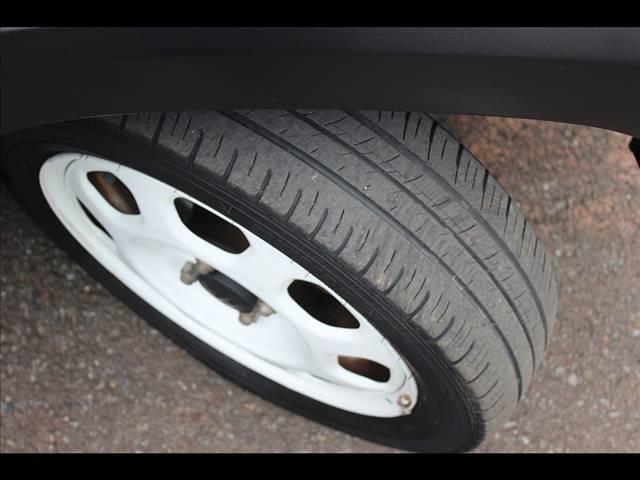 G フリーキー 地デジ アイドリングS レーダーブレーキサポート装備 パワステ Wエアバック 盗難防止 シートH DVD スマートキ- ETC SDナビ ナビTV オートエアコン ベンチシート ABS(8枚目)