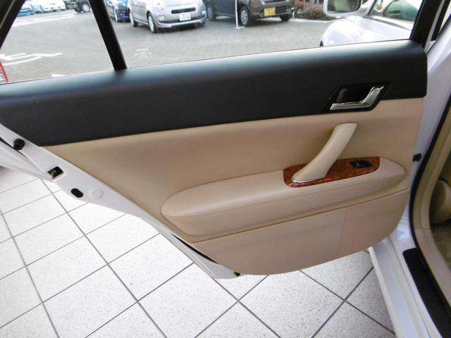250Gプライムセレクション 1オーナー買取車 HDDナビ(16枚目)