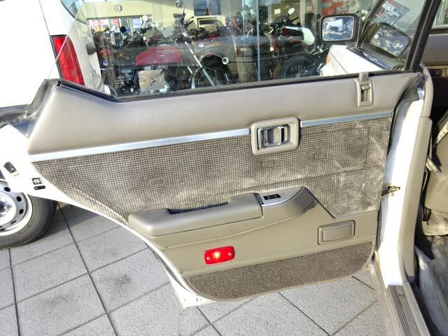日産 ブルーバードマキシマ V6ターボ ルグラン