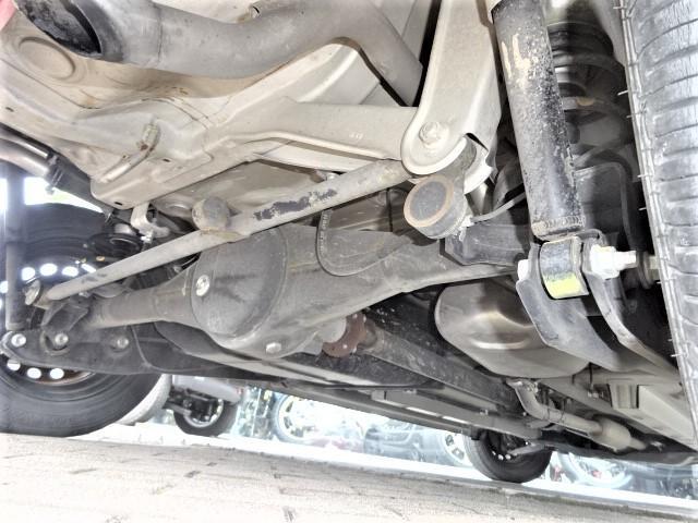 4WD車にありがちな下廻りも錆も特別気になりません!