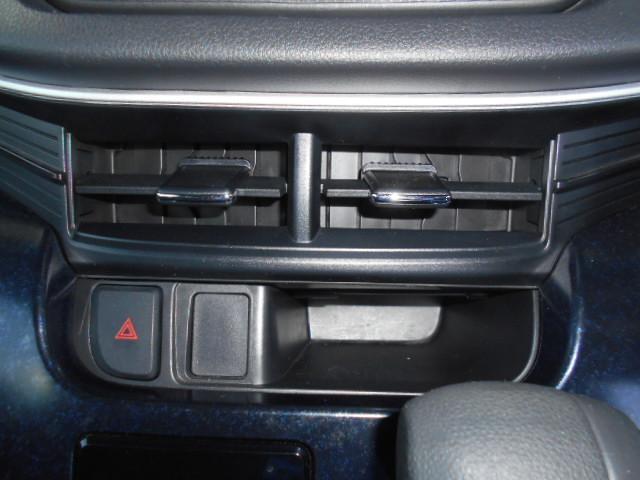 カスタムR 運転席シートヒーター フロントデアイサー LED(15枚目)