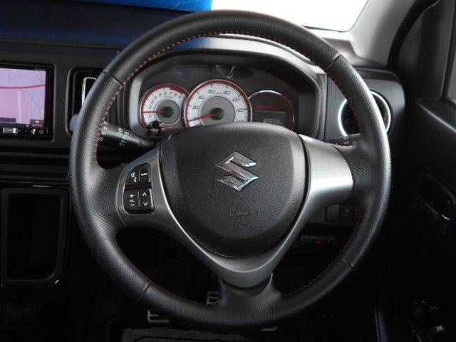 5速MT ナビ ビルトインETC フルセグTV Bluetooth プッシュスタート&キーフリー HIDライト CD DVD再生 革巻きステアリング オートエアコン フォグランプ ドアミラーウインカー(16枚目)