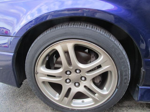 タイヤサイズ(前)215/45ZR17タイヤサイズ(後)215/45ZR17
