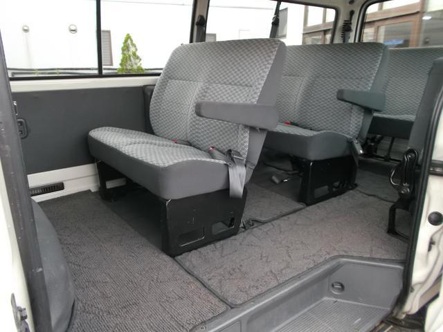 トヨタ ハイエースワゴン デラックス ロング