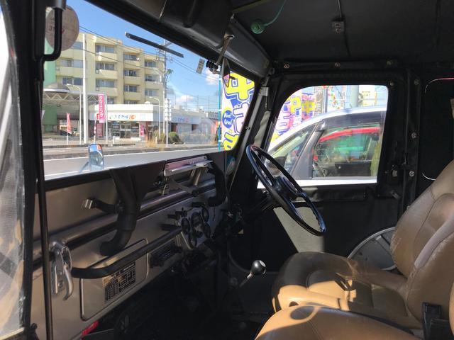 キャンバストップ 4WD ディーゼル マニュアル車 革シート(20枚目)
