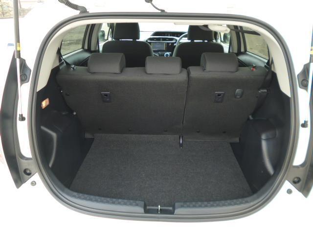 S メモリーナビ ワンセグTV パワーシート エアコン パワーステアリング パワーウィンドウ 運転席エアバッグ 助手席エアバッグ ABS(8枚目)